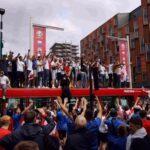 В Англия подгониха феновете заради финала на Евро 2020