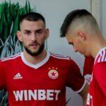 Стойчо Младенов прати двама от ЦСКА в Литекс
